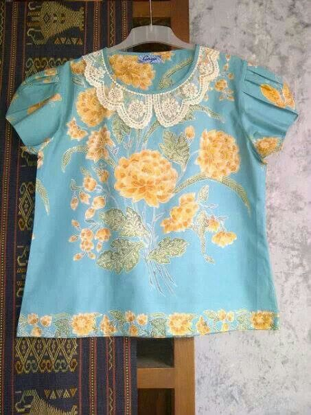 nice light blue batik top
