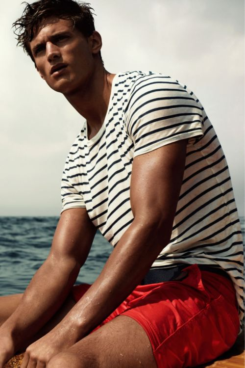 For when I want to look like a sailor. Striped t-shirt for casual menswear.