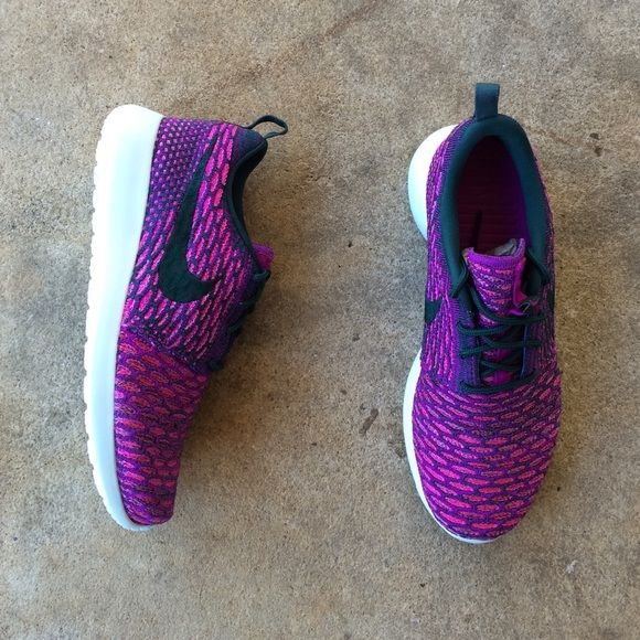 Women's Nike Roshe Run Flyknit Women's Rosherun Flyknit. Multi-purple flyknit material with light bluish soles. Super comfortable and must admit, stylish! It's a women's size 5.5 but they do run a little big, so they definitely fit a size 6 as well. Never been worn, brand new.❤️ Nike Shoes Athletic Shoes