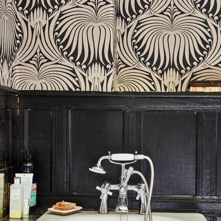 "743 Likes, 25 Comments - Pearl Lowe (@pearllowe) on Instagram: ""Loving our new @farrowandball wallpaper in Daisy's bathroom 🖤"""