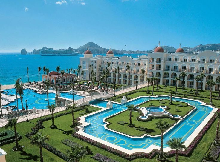 All-inclusive Honeymoon Packages | Best All Inclusive Resorts for a Honeymoon: Riu Palace Cabo San Lucas