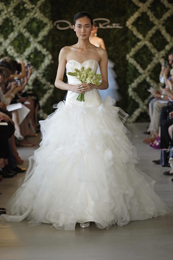 Oscar de la Renta Bridal Spring 2013 Wedding Dresses | Wedding Inspirasi