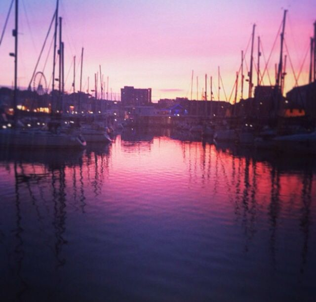 Sunset at the barbican in Plymouth