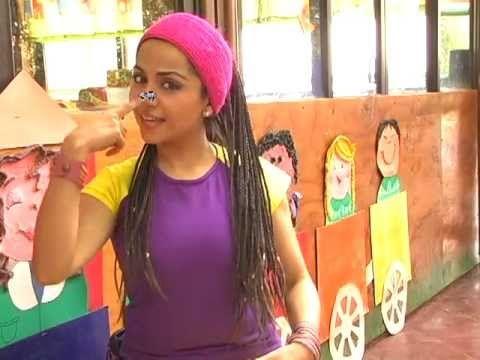 La Hormiguita Cantando Aprendo a Hablar - Canal oficial de Cantando Aprendo a Hablar Cantando Aprendo a Hablar es una iniciativa de un grupo de fonoaudiólogas dedicadas a producir canciones para enseñar a los niños a hablar y hacerlo correctamente.