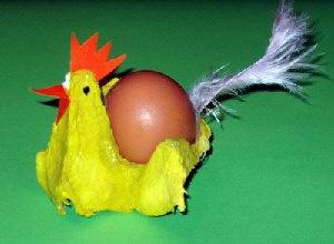 Eierbecher-Huhn aus Eierkarton - creadoo.com