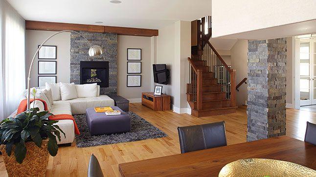 Maison: En quête d'espace | Les idées de ma maison  © TVA Publications | Photos: Yves Lefebvre #deco #espace #escalier #bois #foyer #pierre #salon