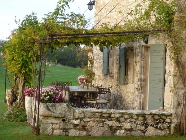 Green shutter color. Great trellis/ patio cover. support. staying in the south of france - le mas de la rose - MY FRENCH COUNTRY HOME