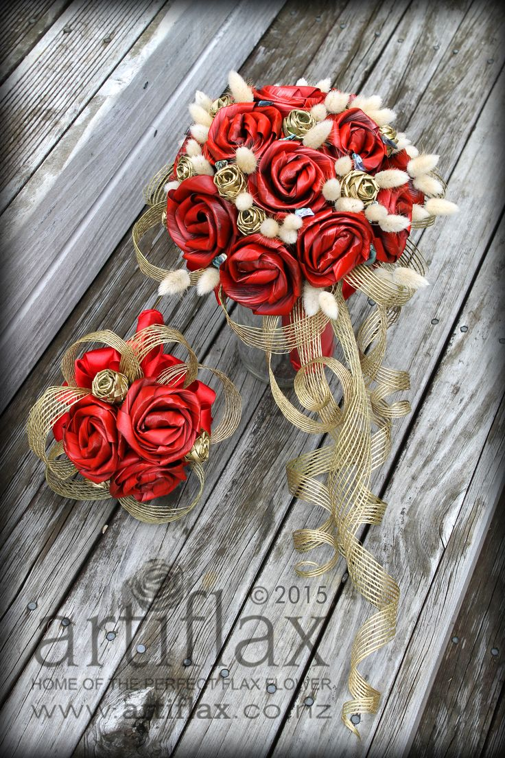 Red and gold flax flower bouquets by Artiflax