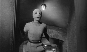 Eyes Without A Face - Georges Franju. Bandages. Female protagonist?