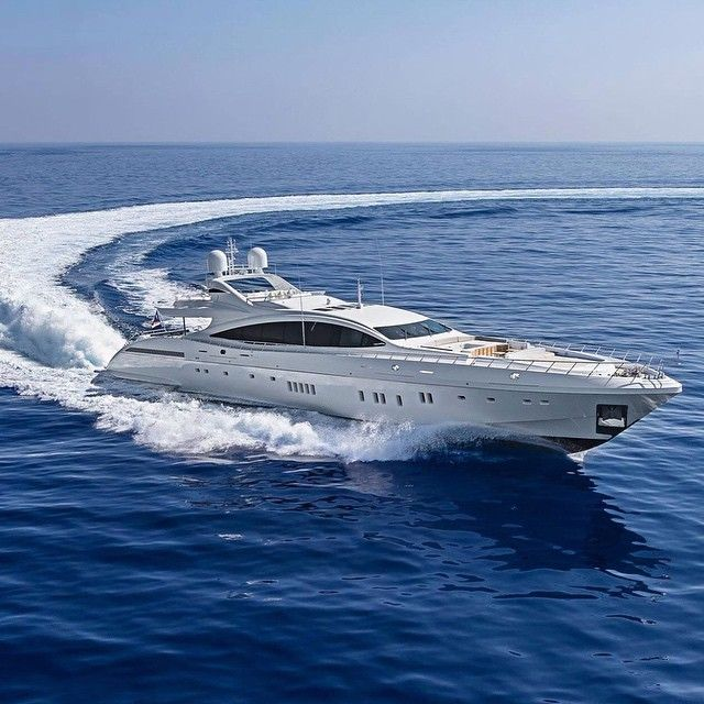 Mangusta 165E open Superyacht Moonraker