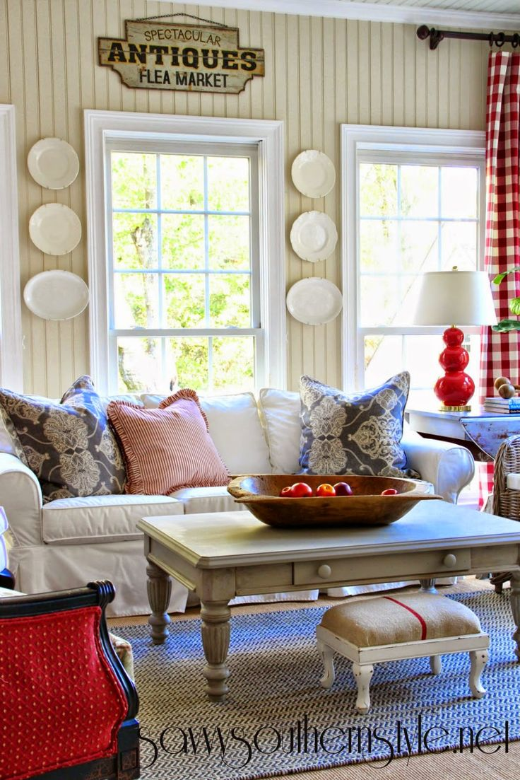 25 Best Ideas About Savvy Southern Style On Pinterest Coffee Table Runner Green Family Rooms