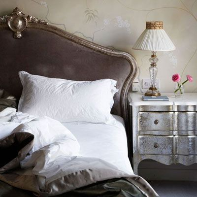 bedroom - brown and silver - would work with purple too