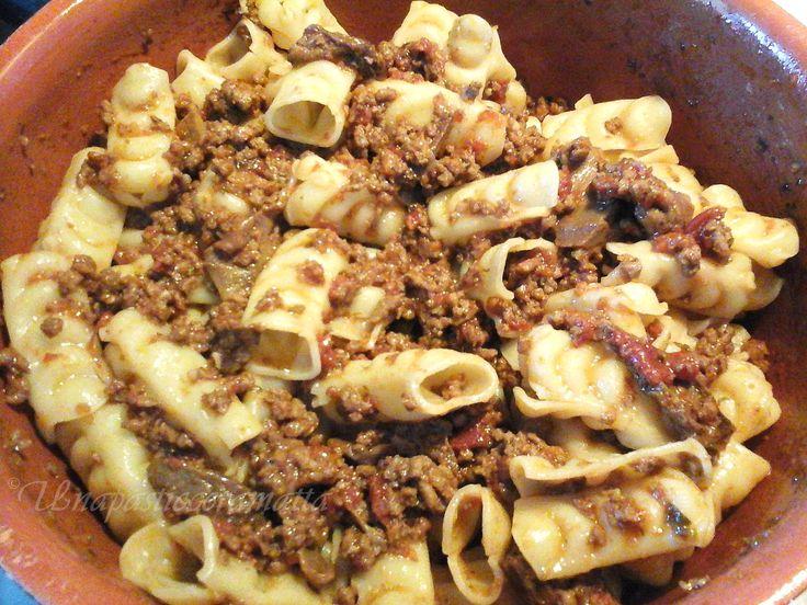 Festonati al ragu con porcini  ricetta toscana. #ricetta di @https://it.pinterest.com/27febo11/