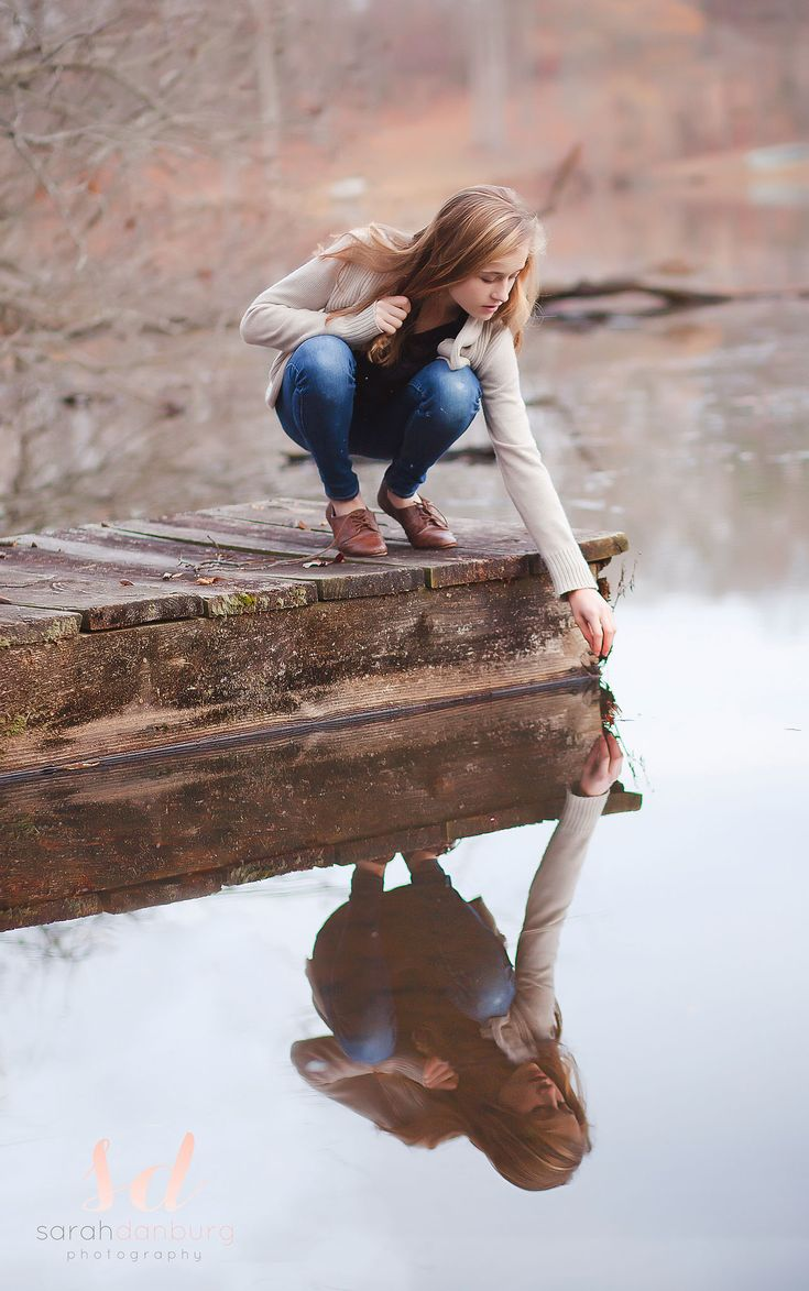 Teen Photography Sarah Danburg Photography Richmond, VA #tweenphotography #reflection #winterlake
