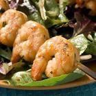 Brochettes de crevettes marinées et grillées