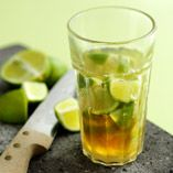 Varm Caipirinha  http://www.dansukker.se/se/recept/varm-caipirinha.aspx  Fräch dryck som värmer året om! #Caipirinha #drink