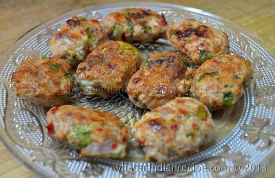 This chicken kebab is easy to prepare even without minced meat, the readily available spices give it a wonderful taste.