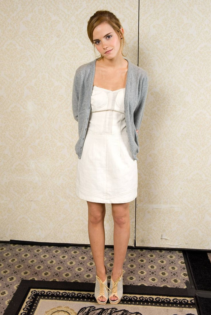 White dress emma watson - Find This Pin And More On Emma W