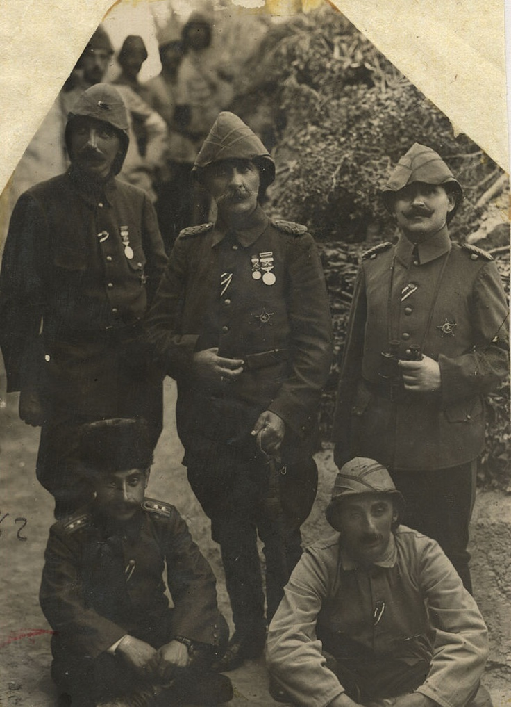 Esad Pasha and his staff officers.WW1