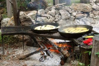 Open Grill Outdoor Cooking Recipes: Campfires Cooking, Idea, Camps Recipes, Outdoor, Cooking Equipment, Campfire Cooking, Cooking Recipes, Camping Recipes, Camps Food