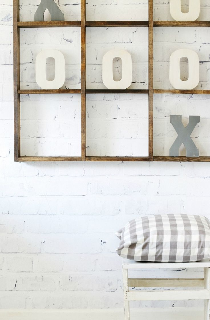 DIY Tic Tac Toe Wall game