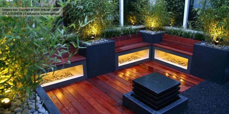 Tuinverlichting moderne tuinideen waterornment sfeer verlichting tuin bamboe vlonder hardhout - Bamboe in bakken terras ...