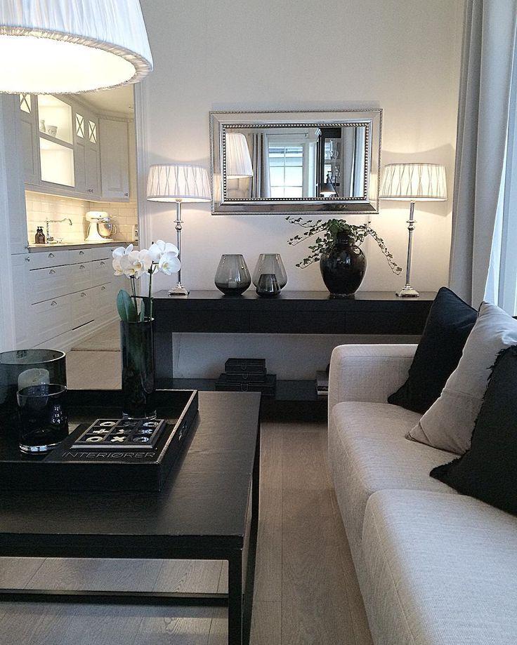 Good morning✨💛✨ Så mørkt ute idag med mykje regn og vind☔️🌀 ______________________  #myhome #stue #livingroom #interior #homedecor #classyhomes #kitchen #passion4interior #interior4all #interior4you #classyinteriors #kjøkken #hem_inspiration #interior123 #inspire_me_home_decor #dream_interiors #whiteinterior #kava_interior #lovelyinterior #shabbyhomes #charminghomes #interiorstyled #interior9508 #interior_delux #vakrehjemoginterior…