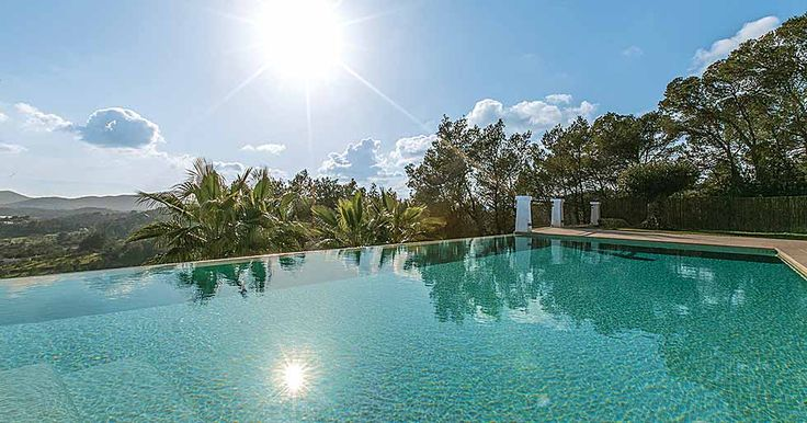 Designed to be a comfortable but luxurious home away from home, Can Llosas de Dal't is a stylish Balearic villa that features contemporary design elements and traditional touches.