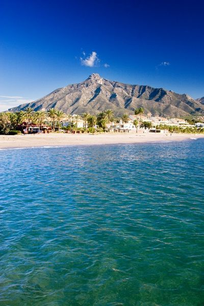 :) :) :) Marbella Paradise. View at the beach and La Concha Mountain. . Walking distance from La Alzambra Hill Club,a luxury gated complex. For more visit www.alzambra.com