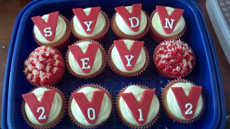 AFL 2012 Grand Final Sydney Swans cupcakes