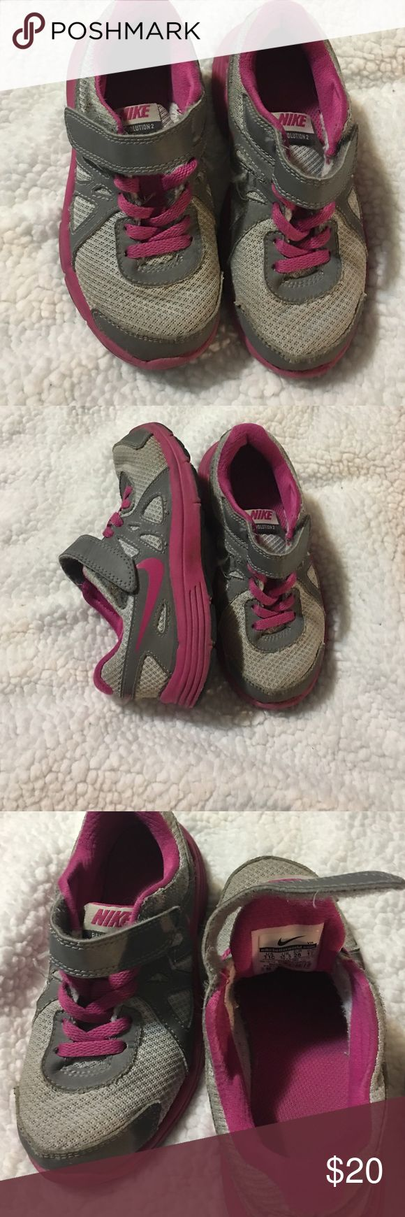 NIKE GIRLS TENNIS SHOES Good condition size 11C Nike Shoes Sneakers