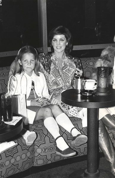 Priscilla and Lisa 1977, a few months before Elvis passed away.