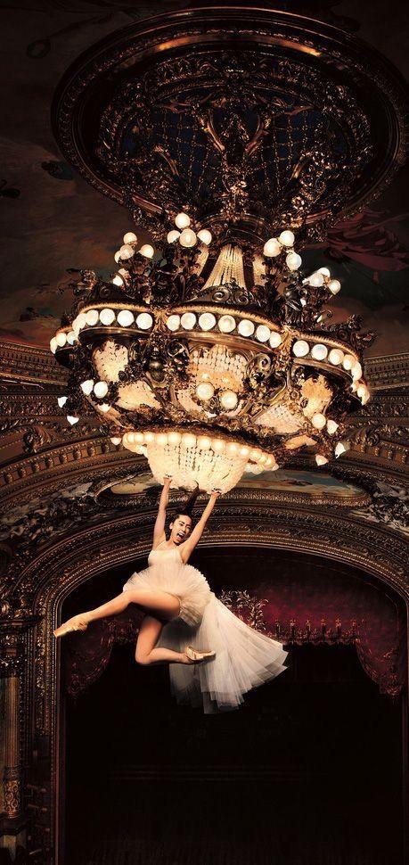 Best 25+ Chandelier by sia ideas on Pinterest | Sia chandelier ...