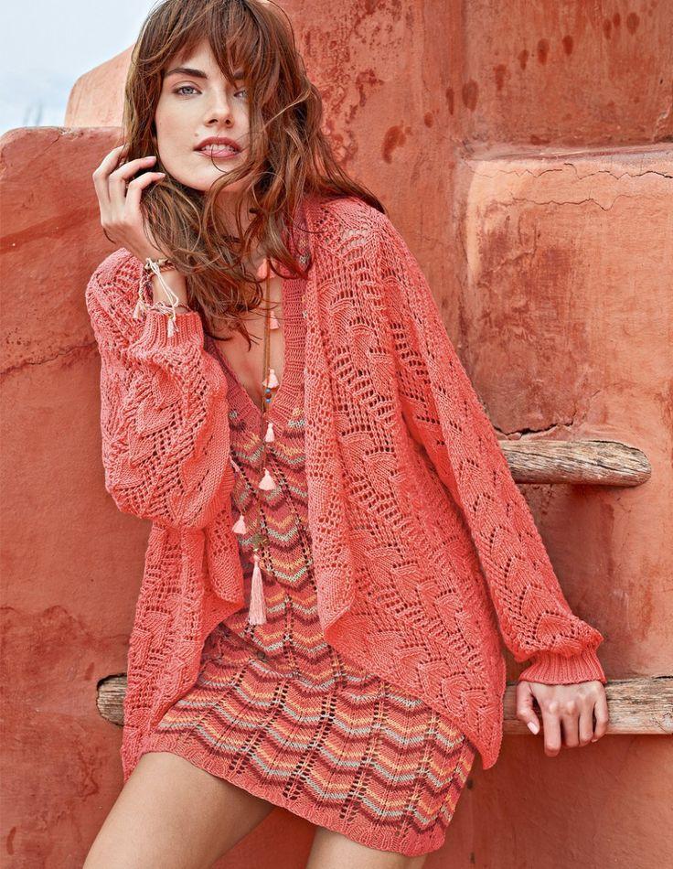 Платье с зубчатым узором и ажурный жакет спицами