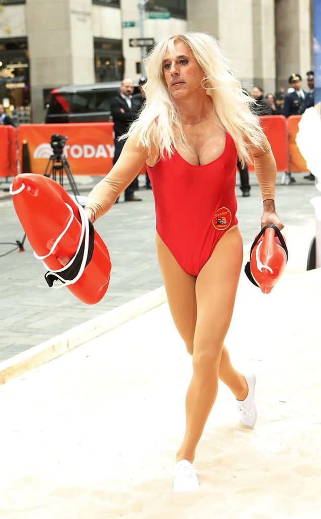 Matt Lauer Dresses Up As Pamela Anderson 39 S Baywatch