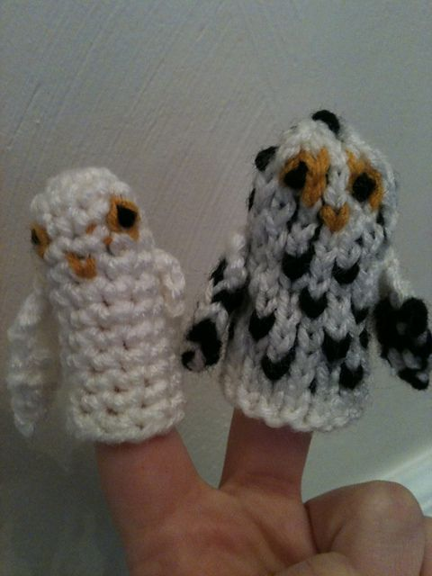 Snowy Owl Finger Puppet pattern by Trish Marickovich