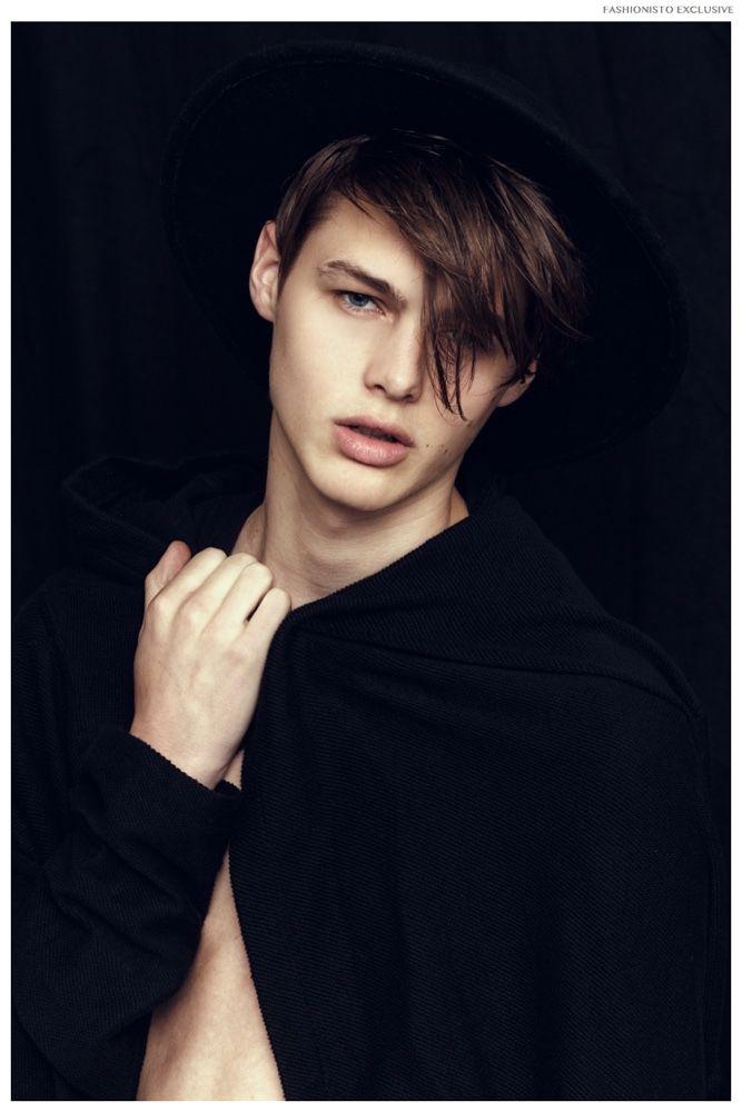 Fashionisto Exclusive: Darwin Gray by Joan Michel