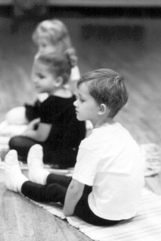 12 tips for teaching tots the secrets of ballet.. applies also on other dances