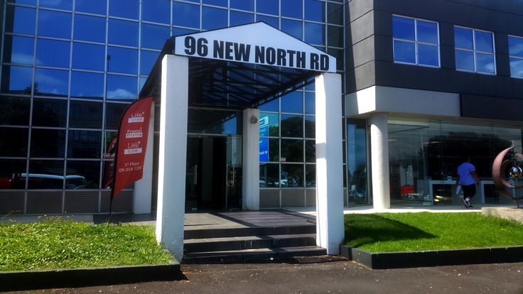 ACM fascia sign for 96 New North Rd by Speedy Signs Newton