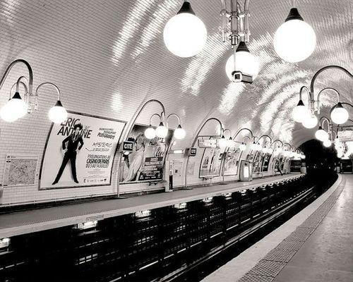 ohddaughter:  Paris Metro Cite Paris, The Paris Print Shop