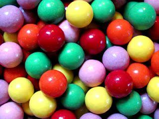 Toverballen - niet echt lekker, maar wel wonderlijk. Als je ze doorbeet zag je de verschillende laagjes.