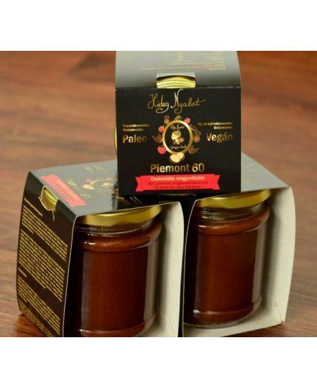 Piemont 60 Csokoládés mogyorókrém 180 g Zsírok - margarinok Piemonti törökmogyoróból és perui, bio nyers kakaóból készített ínyencség.