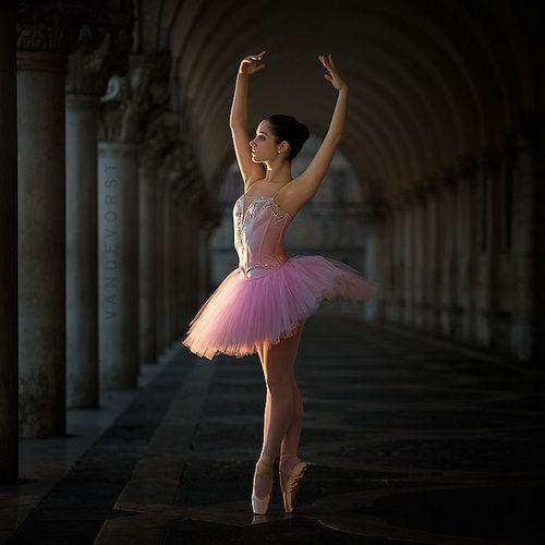 ballerina: Ballet Photoshoot, Beautiful Ballerinas Dance, Dream, Celeste, Dance Photoshoot, Light, De Vorst