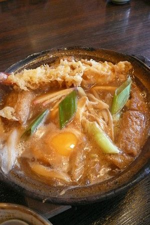 Miso-nikomi udon noodles with tempura, simmered in dark brown miso based broth 味噌煮込みうどん
