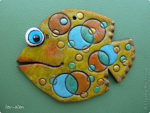 Поделка, изделие Лепка, Роспись: Рыбка с египетскими узорами+ веселая рыбка Краска, Тесто соленое. Фото 3