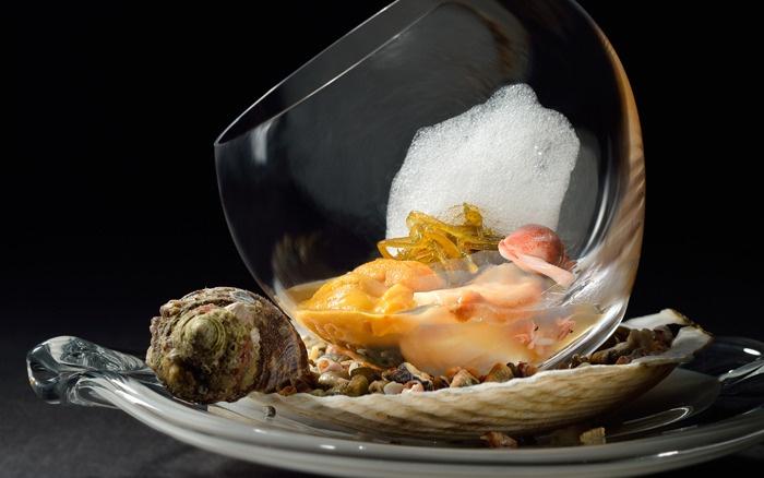 Sea foam this molecular gastronomy dish is a creation of chef yoshiaki takazawa at his - Molecular gastronomy cuisine ...
