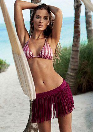 PilyQ Berry Fringe Skirt// Coachella outfit ideas