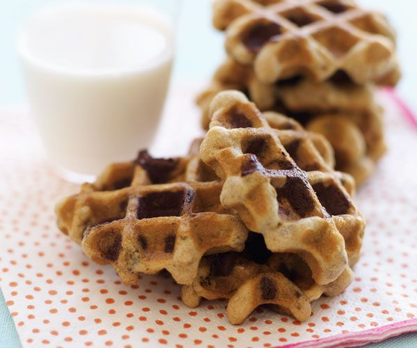 Oatmeal chocolate-chip waffle cookies - I've made these, love these. Contrary to Pinterest fail, they successfully unstuck afterwards.