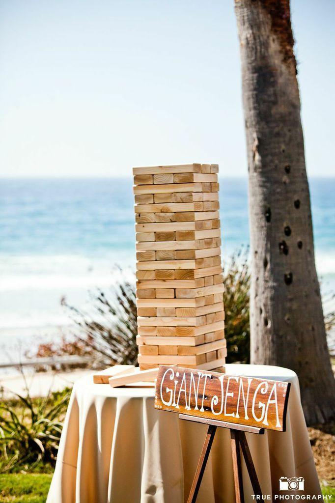 Giant jenga, fun weddings, wedding games, outdoor weddings, outdoor wedding games, san diego weddings, la jolla weddings, scripps seaside forum