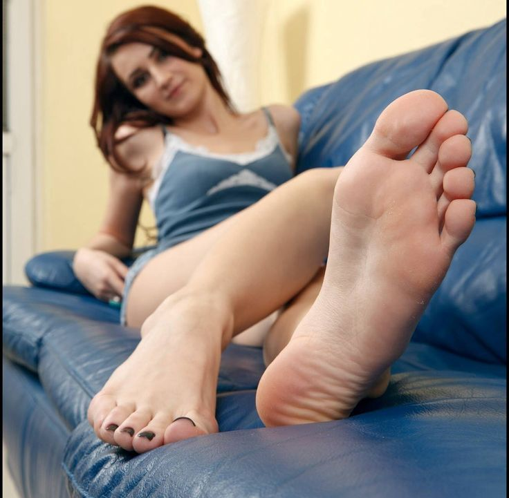 hot woman feet